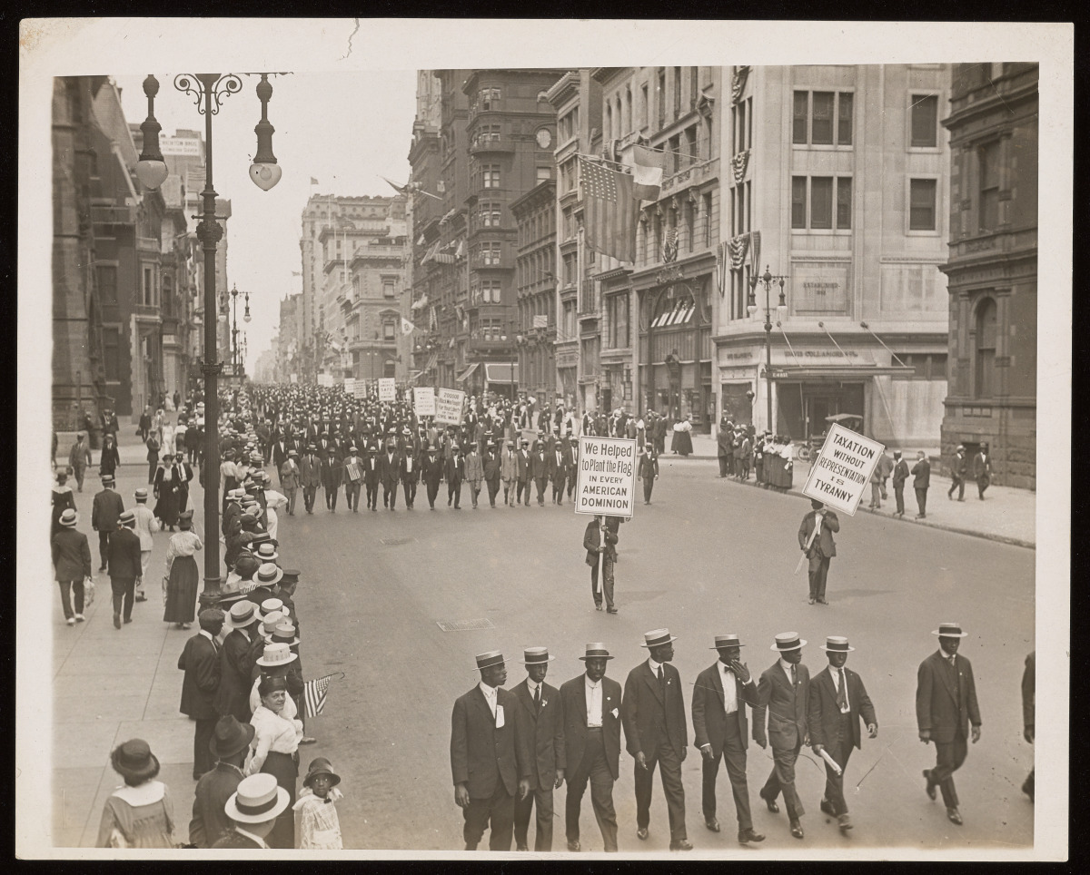1917 NAACP Silent Protest Parade, Fifth Avenue, New York City | Beinecke  Rare Book & Manuscript Library